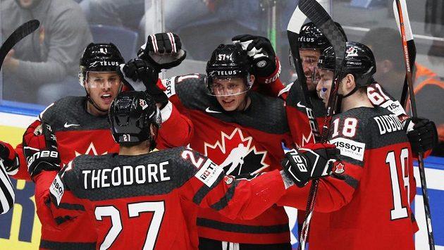 Kanadská radost v utkání s Českem v semifinále MS.