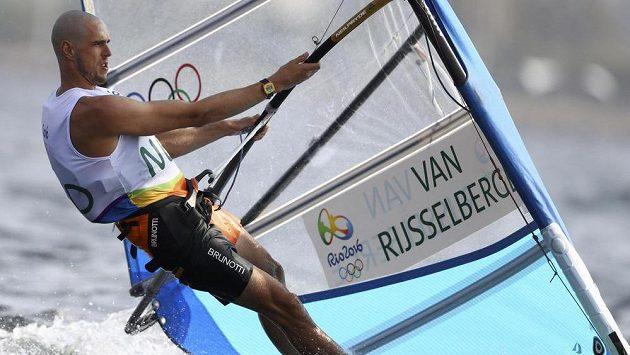 Nizozemský surfař Dorian van Rijsselberghe obhájil v Riu vítězství v třídě RS:X.