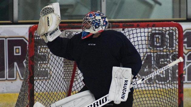 Petr Čech během hokejového tréninku s týmem Guildford Flames.