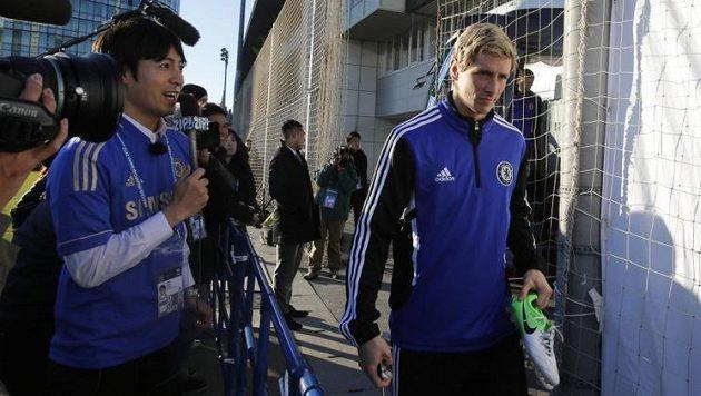 Fernando Torres v Jokohamě: Vyprávěj, jak tě japonská figurka přivedla k fotbalu...