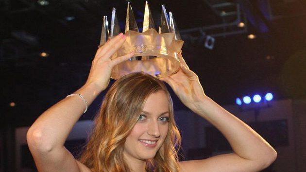 Petra Kvitová s korunou pro královnu českého sportu v roce 2011.