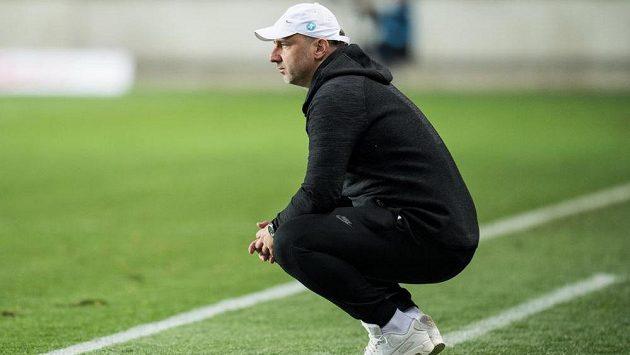 Liberecký trenér Jindřich Trpišovský během utkání se Slavií.