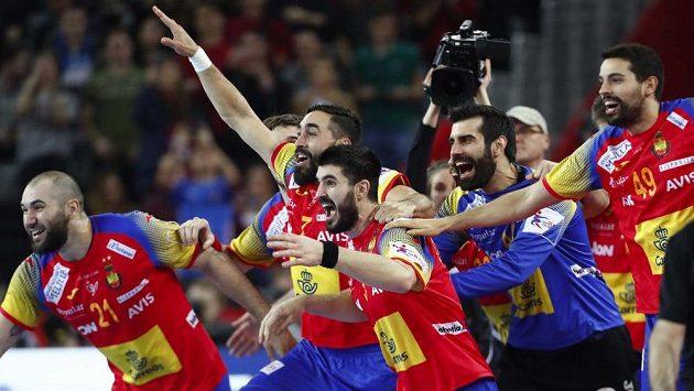 Je dobojováno! Házenkáři Španělska poprvé v historii získali zlato na ME.