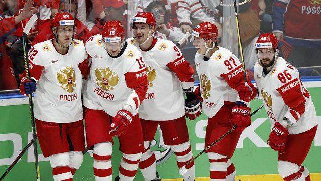 Ruská euforie po úvodní brance v duelu se Švýcarskem.