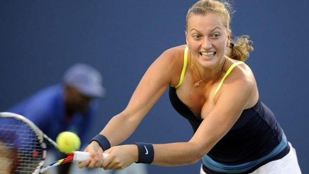 Petra Kvitová v zápase s Lucií Šafářovou.