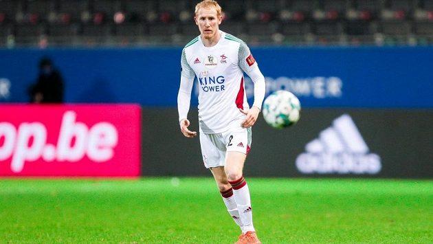 Reprezentační stoper Václav Jemelka v dresu belgické Lovaně.
