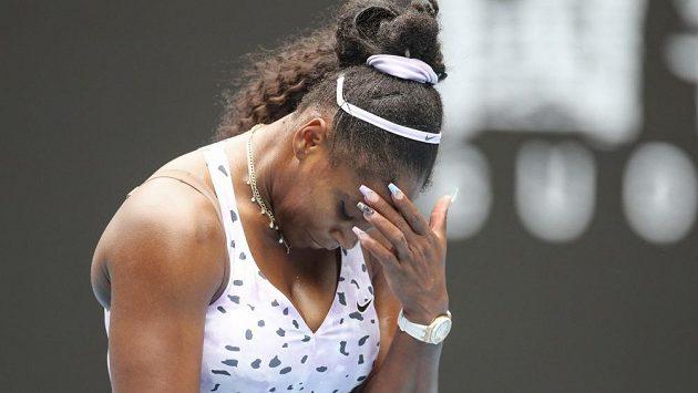 Serena Williamsová v emocích. S rozhodčími to neměla nikdy lehké.