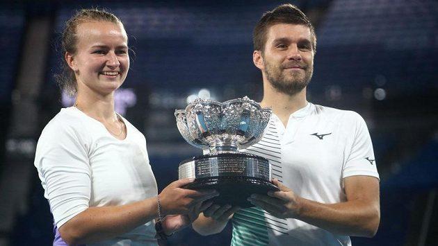 Krejčíková vybojovala na Australian Open titul v mixu