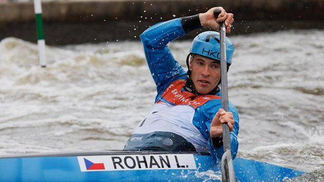 Vítězný kanoista Lukáš Rohan.
