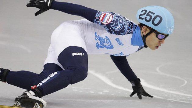 Viktor An na trati olympijského závodu v shorttracku na 500 metrů.