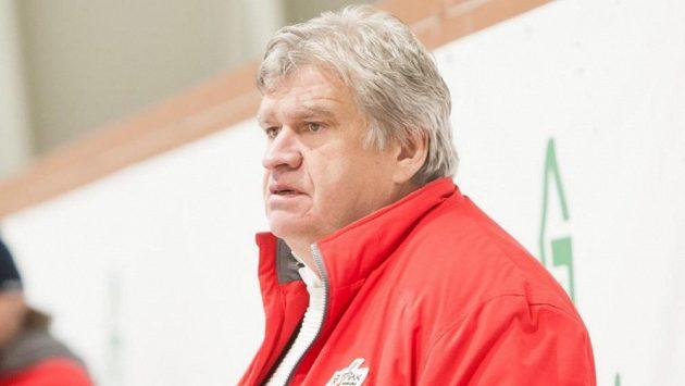 Trenér Poruby Karel Suchánek.