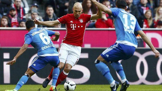 Fotbalisté Hamburku dostali od Bayernu osm gólů. Vedení HSV si chce posvítit na obranu i fanoušky.