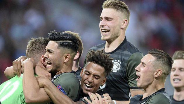 Německá radost po postupu do finále EURO hráčů do 21 let.