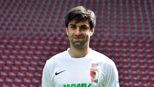 Jan Morávek zažívá po delší době příjemné období, po více než roce znovu nastupuje za Augsburg.
