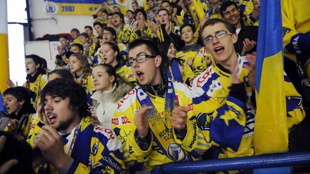 Fanoušci hokejového Zlína v prvním zápase play off s Hradcem Králové.