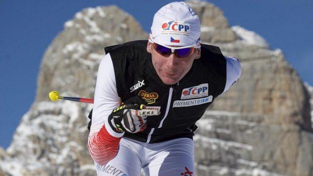 Lukáš Bauer po pádu začal znovu lyžovat, závodit chce poprvé v Toblachu.