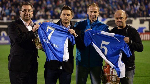 Bývalí hráči Baníku Ostrava Marek Jankulovski (uprostřed) a René Bolf se znovu představí na Bazalech.