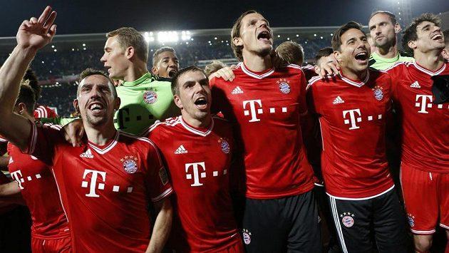 Fotbalisté Bayernu Mnichov slaví triumf na mistrovství světa klubů.