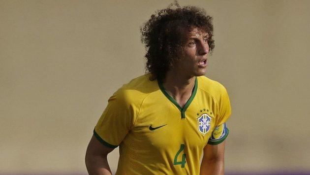 David Luiz je pilířem brazilské obrany, ale skvěle umí i exekuci přímých volných kopů.