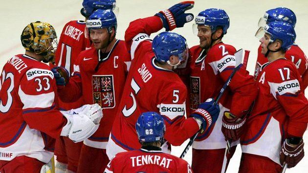 Spokojenost. Čeští hokejisté smetli Norsko 7:0 a slavili postup do čtvrtfinále.