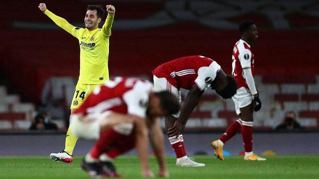 Šok na Arsenalu! Kanonýři se v odvetě semifinále gólově neprosadili a finále Evropské ligy si nezahrají. Zatímco hráč Villarrealu Manu Trigueros slaví postup svého týmu.