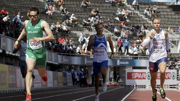 Pavel Maslák (vpravo), jeden z členů sprinterské štafety.