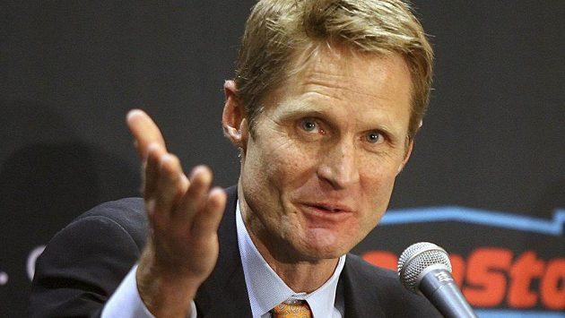 Steve Kerr se stal novým trenérem basketbalistů Golden State.
