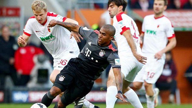 Bayern Mnichov bez problémů porazil v 9. kole Bundesligy Augsburg 3:1.