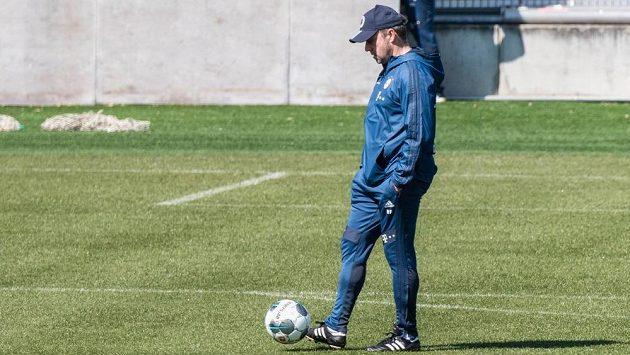 Trenér Bayernu Mnichov Hansi Flick si může oddechnout. Klub si pojistil služby útočníka Thomase Müllera.