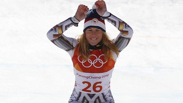 A šup na nejvyšší stupínek! Ester Ledecká je olympijskou šampiónkou v superobřím slalomu lyžařek.