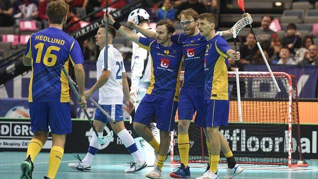 florbalisté Švédska se radují z branky