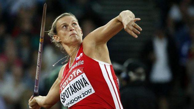 Barbora Špotáková v kvalifikaci oštěpařek.