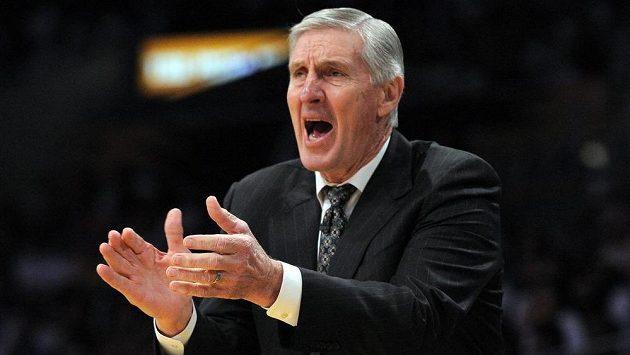 Dlouholetý úspěšný basketbalový trenér Jerry Sloan trpí Parkinsonovou chorobou.