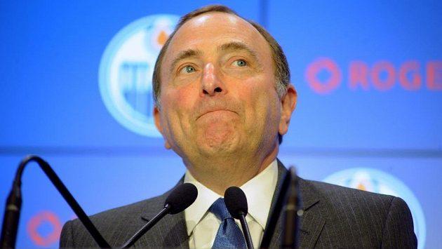 Komisionář NHL Gary Bettman.