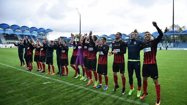 Opavští fotbalisté slaví senzační postup do pohárového finále.