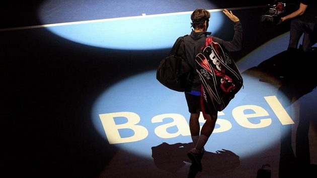 Švýcar Roger Federer postoupil na turnaji v Basileji do druhého kola.