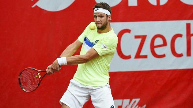 Tenista Jiří Veselý na turnaji v Prostějově.