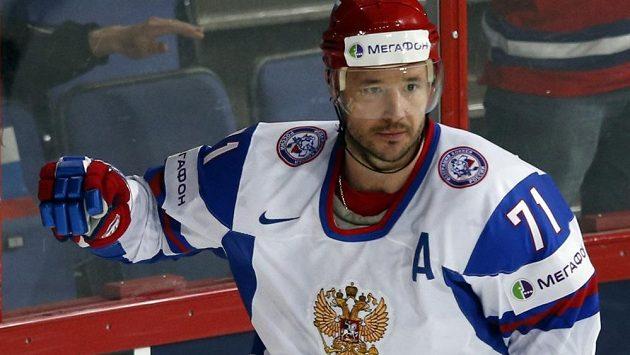 Rus Ilja Kovalčuk slaví gól proti Slovensku.