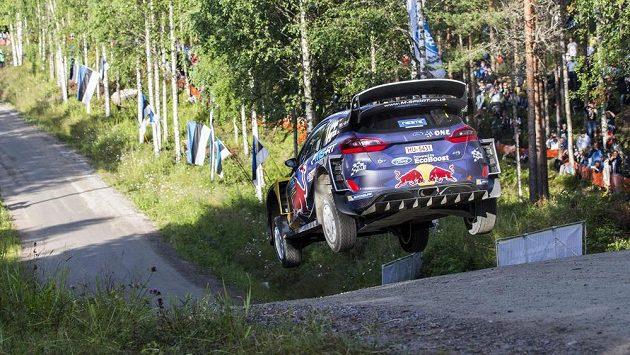 Francouz Sebastien Ogier na Finské rallye