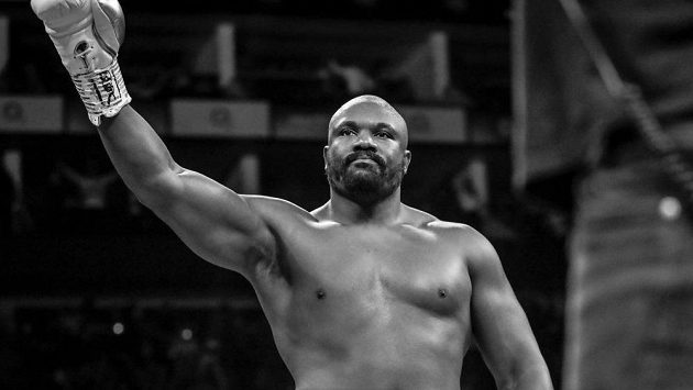 Dereck Chisora, skočí do MMA zápasu?