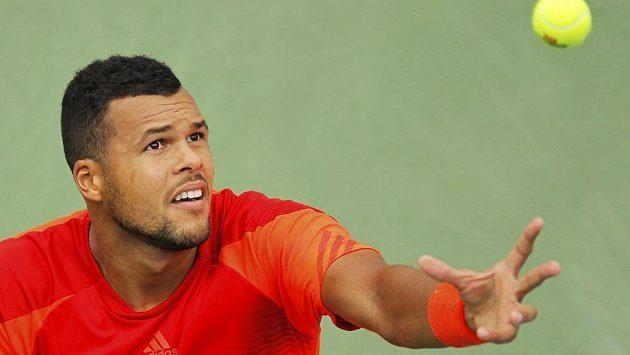 Jo Wilfried Tsonga v exhibici nestačil na Rafaela Nadala.