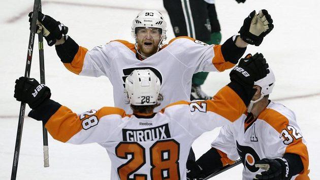 NHL: Voráček opět zářil a dotáhl se na čelo produktivity. Jágr a spol. vyhráli po roce a půl v nájezdech
