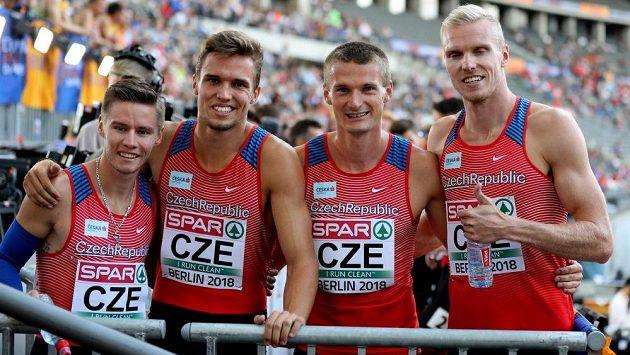 Česká štafeta na 4x400 m, zleva Pavel Maslák, Vít Müller, Michal Desenský a Patrik Šorm. Ilustrační foto