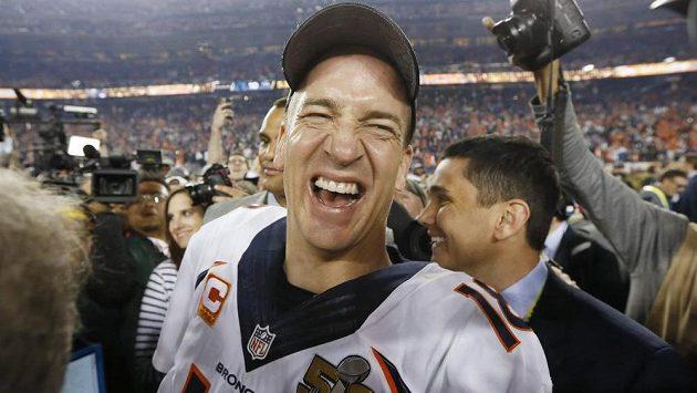Jedna z největších hvězd v historii zámořské ligy amerického fotbalu NFL Peyton Manning oznámil konec kariéry.
