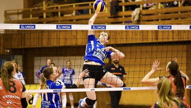 Volejbalisty Ostravy po výhře 3:0 ve Finsku zvítězily v domácí odvetě osmifinálového souboje se finským týmem OrPo Orivesi 3:1 a postoupily mezi osm nejlepších týmů Vyzývacího poháru.