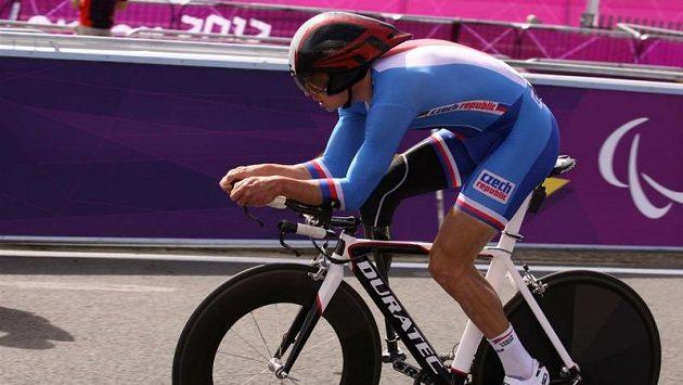Cyklista Jiří Ježek na paralympiádě v Londýně.