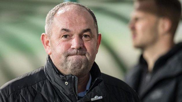 Bývalý předseda Fotbalové asociace ČR Miroslav Pelta u soudu v případu údajných manipulací se sportovními dotacemi zopakoval, že zásadně nesouhlasí s obžalobou, která ho viní ze čtyř různých trestných činů včetně podplacení a navedení ke zneužití pravomoci.