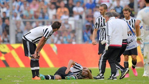 Zraněný Sami Khedira bude Juventusu chybět zhruba dva měsíce.