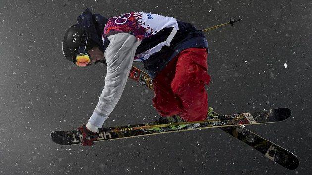 Američan David Wise, olympijský vítěz v U-rampě na lyžích.