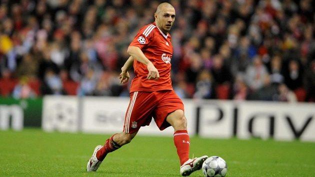 Andrea Dossena ještě v dresu Liverpoolu.